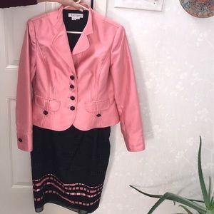 Gorgeous Kay Unger Suit.